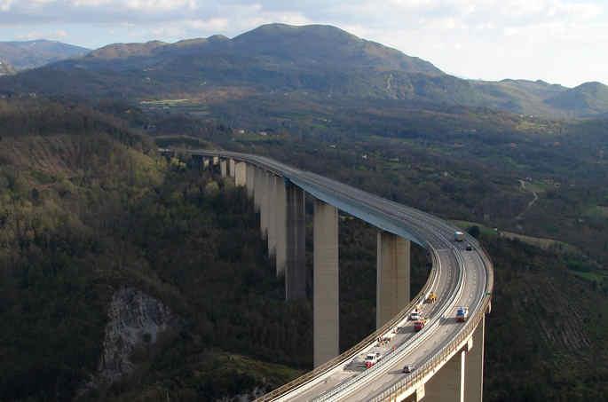 viadotto-italia-foto-aerea-salerno-reggio