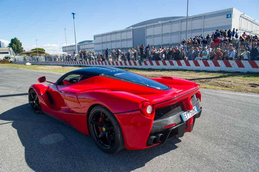 supercar-roma-2015-105