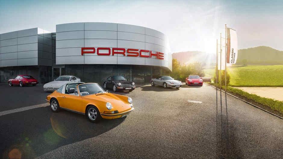 Centro-Porsche- Classic