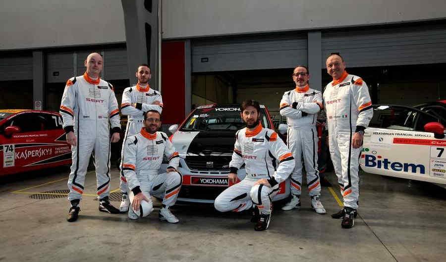 Il Team Ufficiale Seat 24H Adria