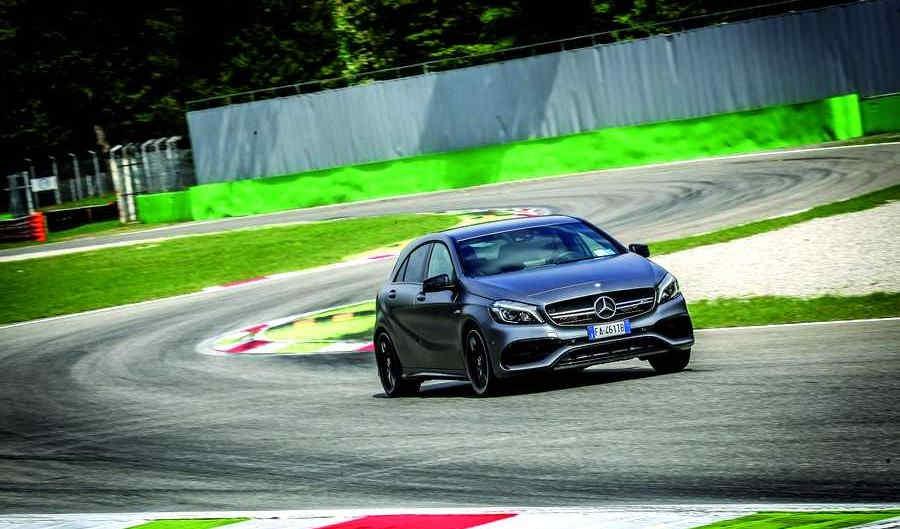 Mercedes-AMG-A45-381 (14)