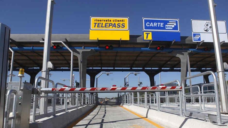 casello-autostrada-telepass