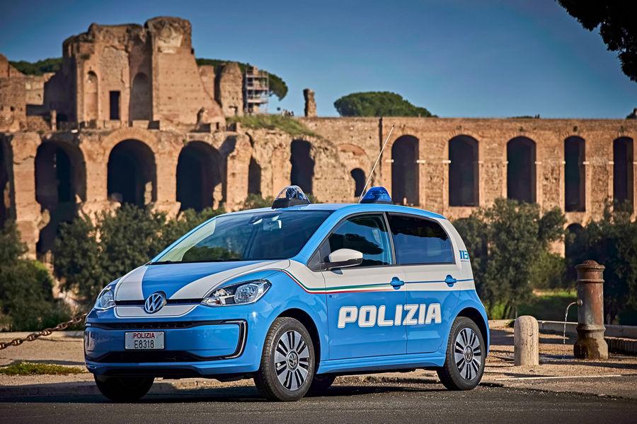 volkswagen-e-up-polizia-roma-20