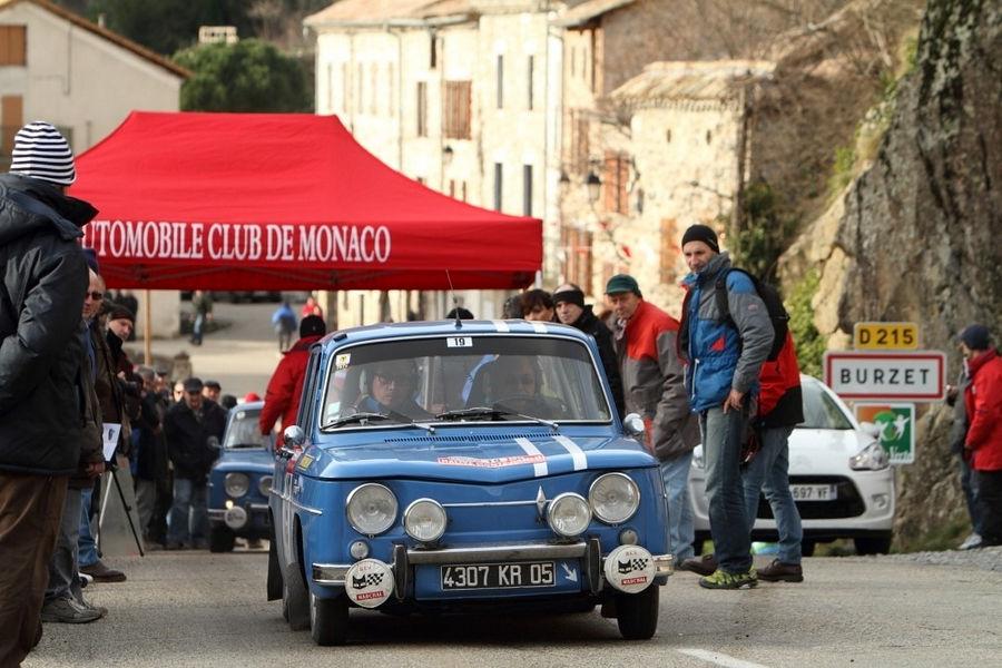 renault-8-gordini-rally-historique-montecarlo-15