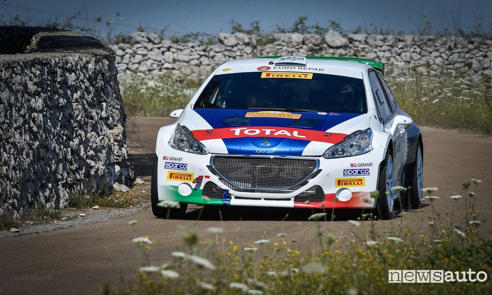 Peugeot-208-Rally-Andreucci-2017-Rally-Salento-3