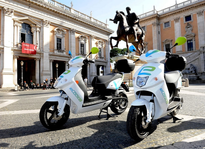 eCooltra-scooter-sharing-Roma-1
