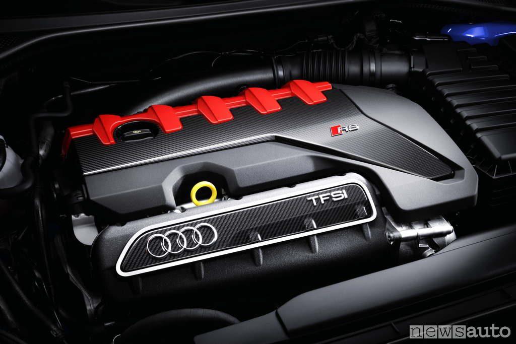 Audi RS3 motore 5 cilindri 2017