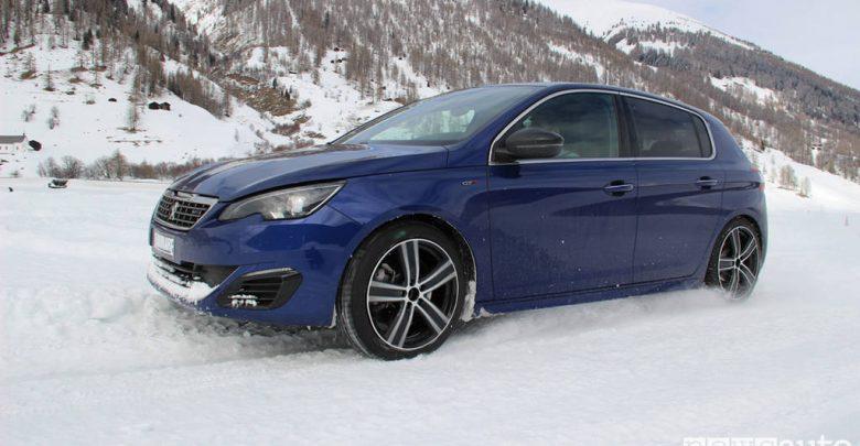 Test pneumatici invernali accelerazione su neve