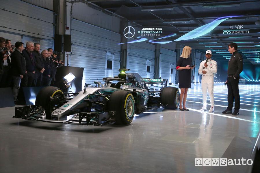 Mercedes F1 2018 W09
