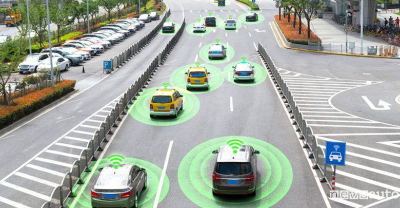 Comunicazione tra veicoli tecnologia C-V2X