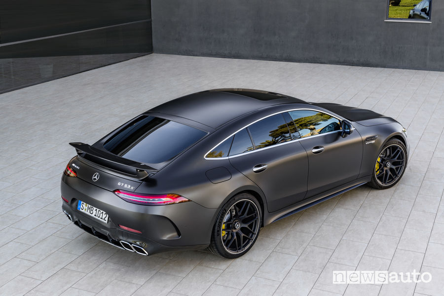 Mercedes-AMG GT 63 S 4MATIC+, vista laterale